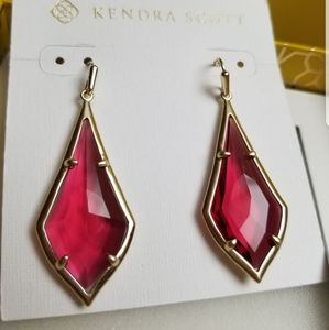 NWT Kendra Scott Berry Glass Olivia Earrings Gold
